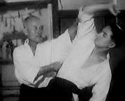morihei-ueshiba-gozo-shioda-1940-cropped